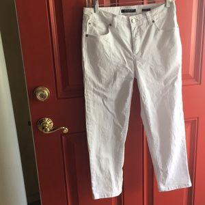 Jones of New York White Capri Jeans